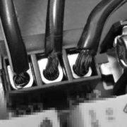 Slordig soldeerwerk in de CNC besturing: een EMC-katastrofe