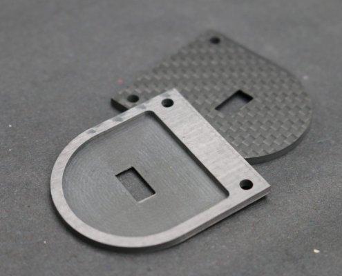 Afdekplaat CNC-gefreesd uit carbon fiber