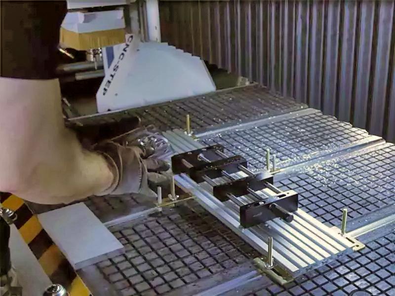 Vacuümtafel met sleuven voor T-sleuventafel