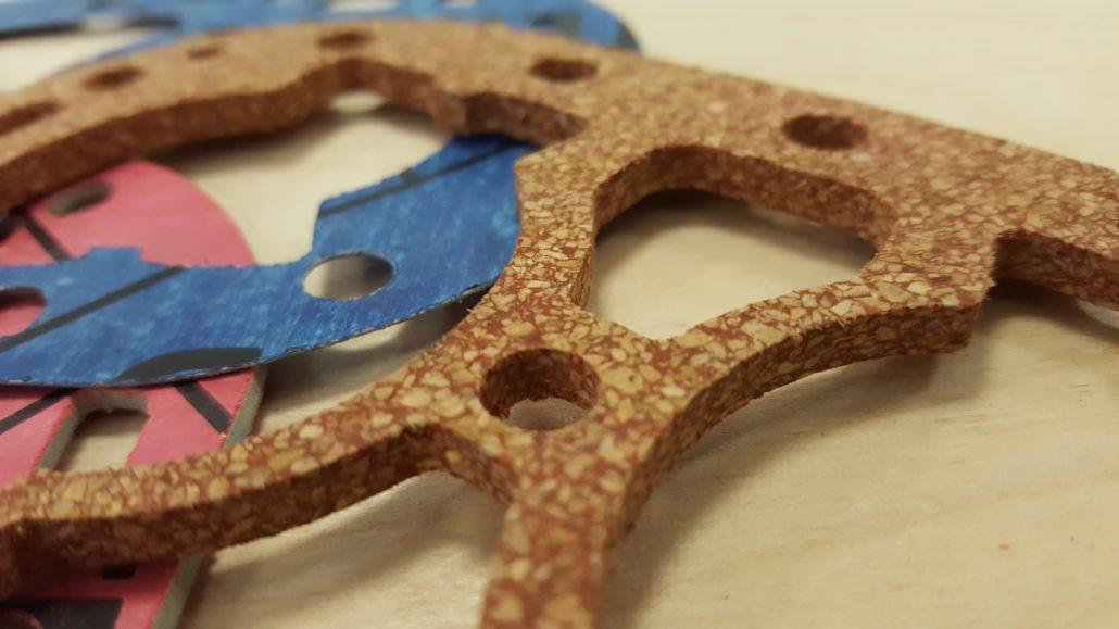 Vlakbed-plotter voor het snijden van diverse materialen