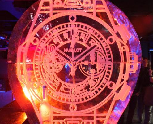 CNC-frezen in ijs: een Hublot horloge