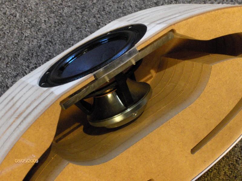MDF frezen: luidprekers