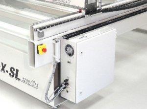 Schakelkast gemonteerd op de machine